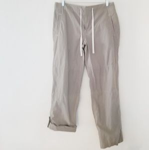 Gap pants with drawstring and roll up option.